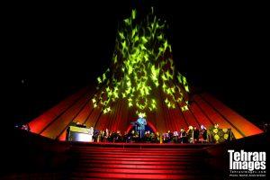 کنسرت آنلاین علیرضا قربانی «با من بخوان» میدان آزادی