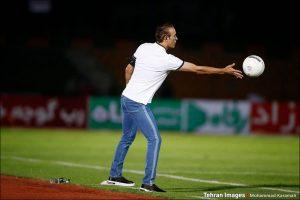 دیدار تیمهای پرسپولیس تهران و پیکان